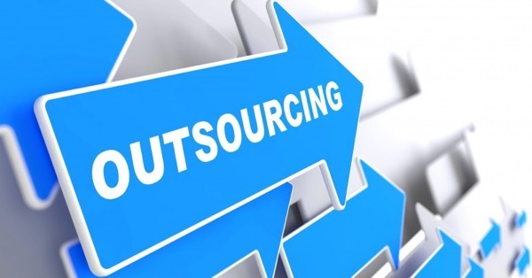 outsourcing positives and negatives